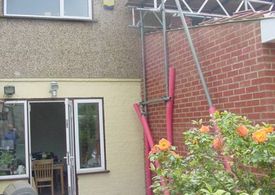 Extension built on party wall created cracking in neighbours house